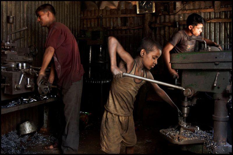 어린이 노동자.jpg