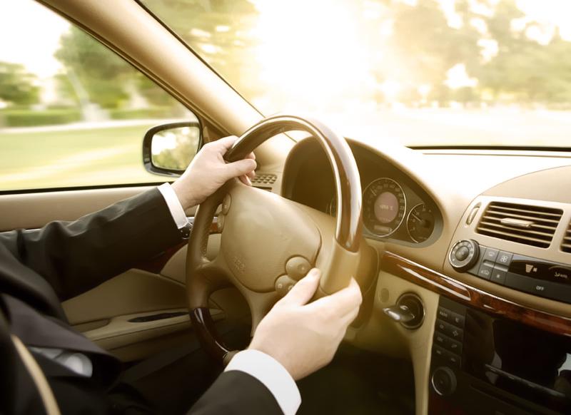 Chauffeur-drive - media player_3_tcm277-686171.jpg