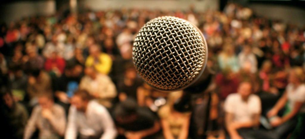 Technology-Debate-Photo-1024x682.jpg
