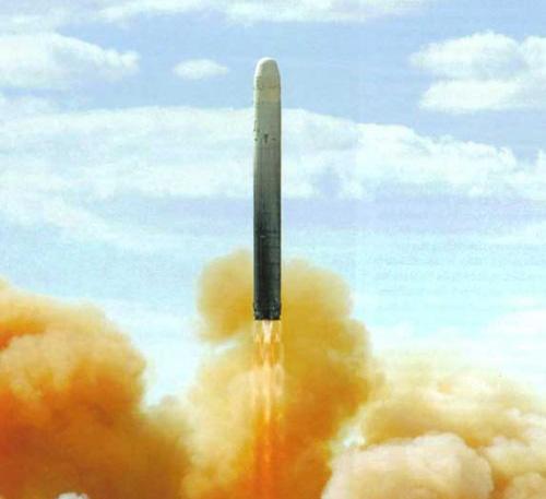 ur-100n-stilet-raketa-01.jpg