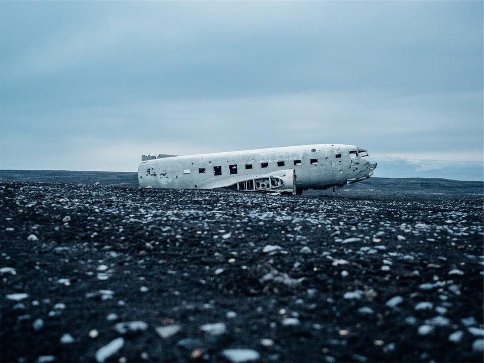 airplane-crash-569351_960_720.jpg