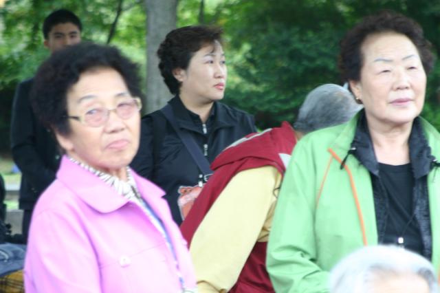 200410 제주도인권캠프 자연사박물관.jpg