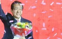 [문학]자유당 대통령후보 선출기념, 한시 소개 : 紅儁漂湖露茨席(홍준표호로자석)