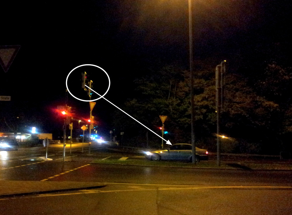 독일신호등과차량거리3.jpg