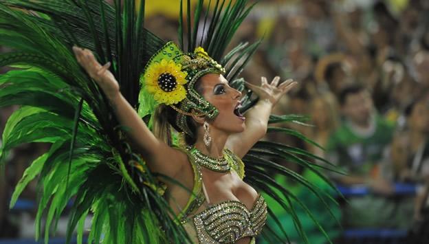 brasil-carnaval-samba-sambodromo-desfile-cierre-fiesta-1.jpg