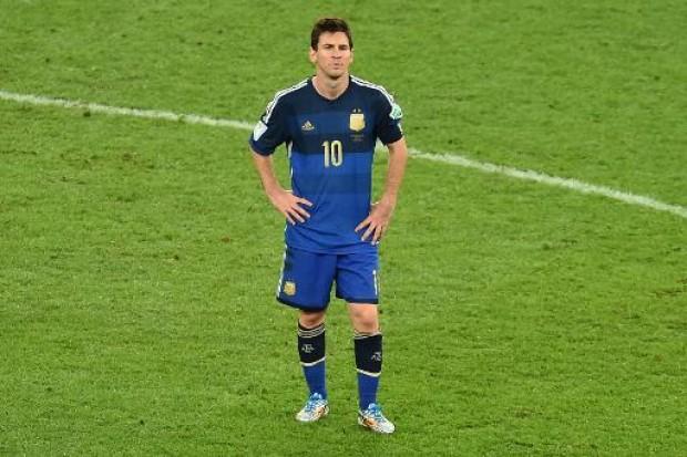 Messi-wirkt-nach-der-Niederlage-ratlos.jpg