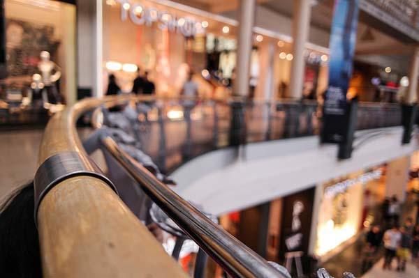 shopping-center-318602_640.jpg