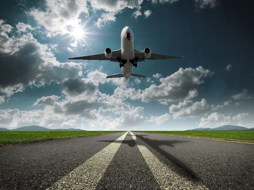 Airplane-Taking-Off.jpg