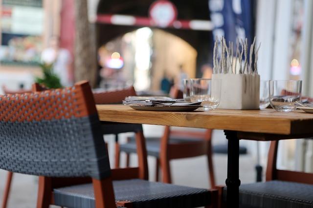restaurant-406972_640 (1).jpg