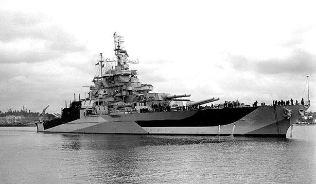 USS_West_Virginia_(BB-48)_1944_7.jpg