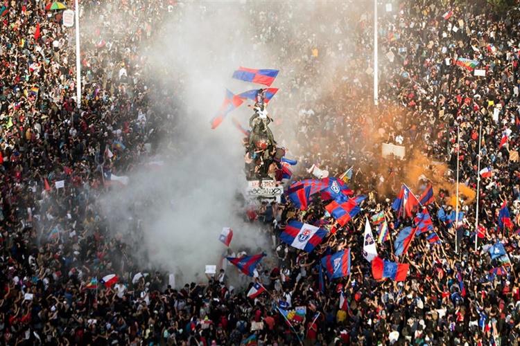 칠레 시위00.jpg
