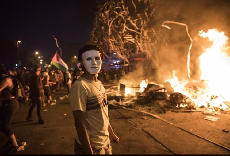 칠레 시위의 한 장면.JPG