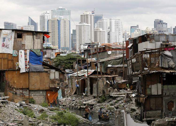 필리핀 빈부격차.jpg