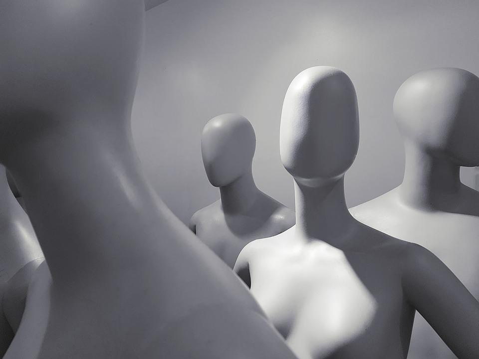 mannequin-2777963_960_720.jpg