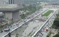 [사회]시위 반대를 위한 시위를 반대하기 위한 시위